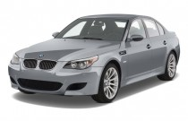 2010 BMW M5 4-door Sedan Angular Front Exterior View