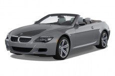 2010 BMW M6 2-door Convertible Angular Front Exterior View