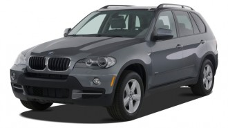 2010 BMW X5 AWD 4-door 30i Angular Front Exterior View