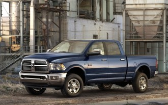 2009 Chicago Show: Dodge Ram 2500 Takes Towing Seriously