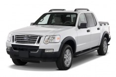 2010 Ford Explorer Sport Trac RWD 4-door XLT Angular Front Exterior View