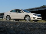 Edmunds Consumer Poll Puts 2010 Ford Fusion As Top Hybrid