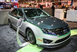 Green Can Be Cool: Customized 2010 Ford Fusion Hybrid Show Car