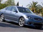 2010 Infiniti M sedan
