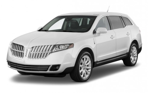 2010 Lincoln MKT 4-door Wagon 3.7L FWD Angular Front Exterior View