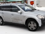 2010 Mercedes-Benz GL-Class facelift spy shots
