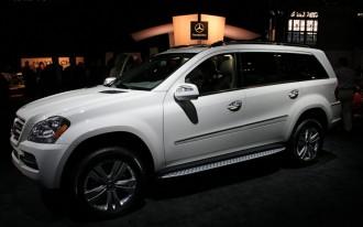 2009 New York Auto Show: 2010 Mercedes-Benz GL Goes Nip/Tuck