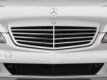 2010 Mercedes-Benz S Class 4-door Sedan 5.5L V8 RWD Grille
