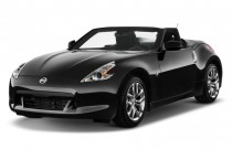 2010 Nissan 370Z 2-door Roadster Auto Angular Front Exterior View