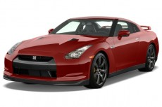 2010 Nissan GT-R 2-door Coupe Angular Front Exterior View