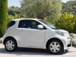 2010 toyota iq motorauthority 009
