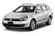 2010 Volkswagen Jetta Sportwagen 4-door DSG TDI Angular Front Exterior View