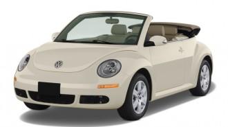 2010 Volkswagen New Beetle Convertible 2-door Auto Angular Front Exterior View