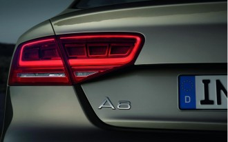 Trash-Talking: Audi A8 Says Good Night