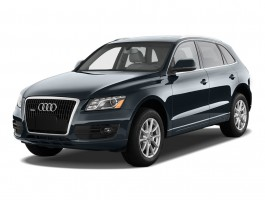 2011 Audi Q5 quattro 4-door 3.2L Premium Plus Angular Front Exterior View