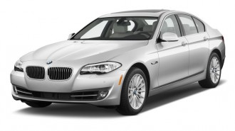 2011 BMW 5-Series 4-door Sedan 535i RWD Angular Front Exterior View