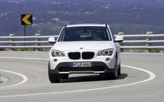First Look At Undisguised 2011 BMW X1