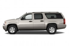 2011 Chevrolet Suburban 2WD 4-door 1500 LS Side Exterior View