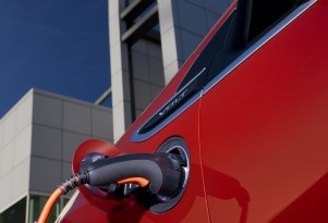Solid State Electric Car Batteries Still 10 Years Away