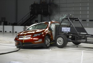 IIHS Sticks By Volt Safety Rating: No Pack Issues After Crash Tests