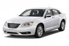 2011 Chrysler 200 Angular Front Exterior View