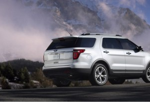 """Family Car Guide: SUV Names That Start With """"E"""""""