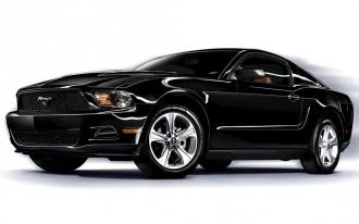 2011 Chevrolet Camaro vs 2011 Ford Mustang: CR Picks A Favorite