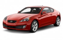 2011 Hyundai Genesis Coupe 2-door 3.8L Auto Grand Touring w/Black Leather Angular Front Exterior