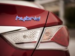 Consumer Reports Pans 2011 Hyundai Sonata Hybrid For Unrefined Drivetrain
