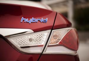 Consumer Reports Pans 2011 Hyundai Sonata Hybrid For Unrefined Drivetrain
