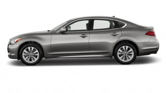 2011 Infiniti M37 4-door Sedan RWD Side Exterior View