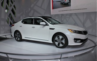 Kia Announces 2011 Optima Hybrid Pricing
