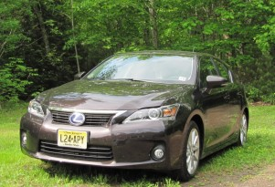 2012 Lexus CT 200h Hybrid Hatch: Now Louder, With More Noise!