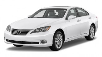2011 Lexus ES 350 4-door Sedan Angular Front Exterior View