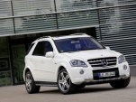 2011 Mercedes-Benz ML63 AMG