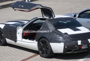 2011 Mercedes Benz SLS AMG 'Gullwing'  spy shots