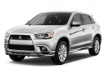 2011 Mitsubishi Outlander Sport 2WD 4-door CVT SE Angular Front Exterior View