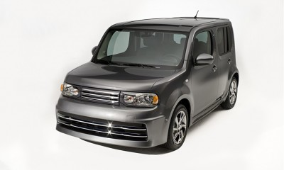 2011 Nissan Cube Photos