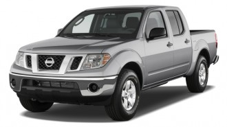 2011 Nissan Frontier 2WD Crew Cab SWB Man SV Angular Front Exterior View