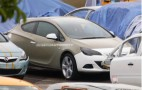 Spy Shots: 2011 Opel Astra Sport Coupe