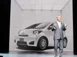 2010 New York Auto Show: Can 2011 Scion iQ Out-Smart the Mini?