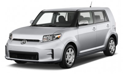 2011 Scion xB Photos