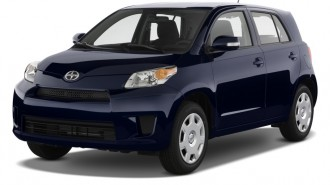 2011 Scion xD 5dr HB Man (Natl) Angular Front Exterior View