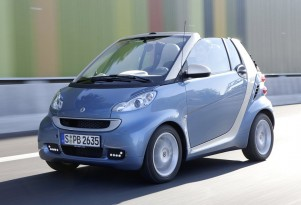 Summer Soft-Top Fun: 2011 Smart ForTwo Passion Cabriolet
