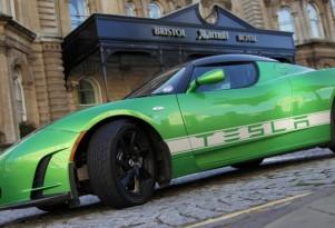 2011 Detroit Auto Show: Tesla Celebrates 1500 Roadsters Sold
