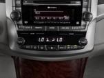 2011 Toyota Avalon 4-door Sedan (NAT) Temperature Controls