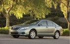 MPG Showdown: 2011 Camry V-6 Nudges Accord, Trails Sonata