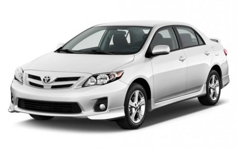 2011 Toyota Corolla 4-door Sedan Auto S (Natl) Angular Front Exterior View