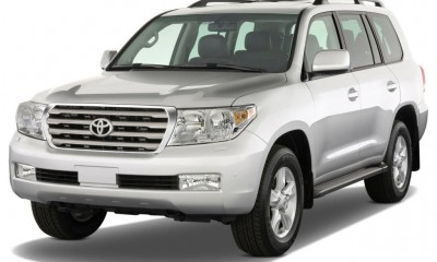 2011 Toyota Land Cruiser Photos