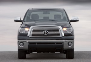 Toyota Gives Hybrids Testosterone, Plans Hybrid Tundra Pickup
